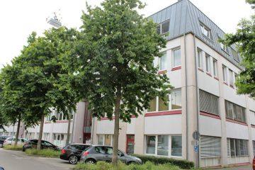 ++ verkehrsgünstige Lage ++ hochwertige Ausstattung ++ Stellplätze im Freien ++, 71636 Ludwigsburg, Büro/Praxis